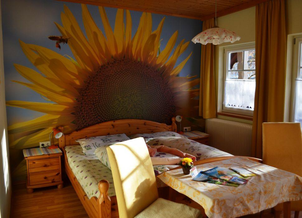 Image: Das sonnigste Zimmer ist das Sonnenblumenzimmer ..