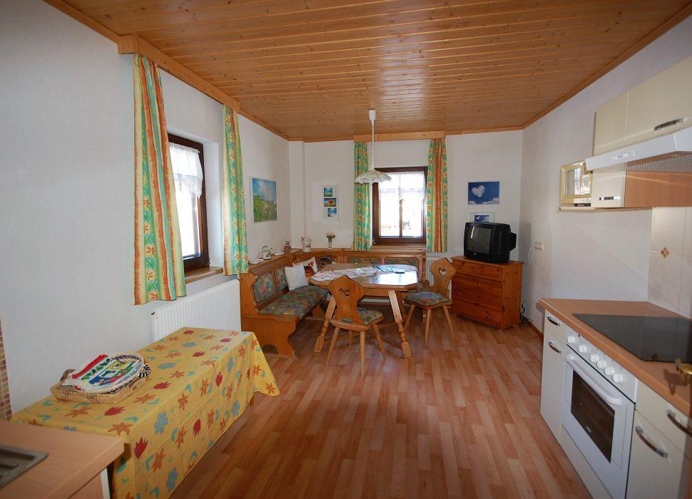 Image: Der Vorteil der Küche – ideal für Familien mit Kleinkindern, da zwei Schlafzimmer und Bad gleich nebenan sind.